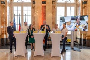 Participants of the press conference: Christian Schmit (presenter), Daniel Schade (VKD-vicepresident), Eva-Maria Rühle (vice-chairwoman of Dehoga Baden-Württemberg e. V.), Ulrich Kromer von Baerle (CEO Messe Stuttgart), Fabian Hambüchen (former artistic gymnast and olympic champion 2016 on the horizontal bar) and Tabea Alt (internationally decorated artistic gymnast) (f.l.t.r.). Credit: Messe Stuttgart