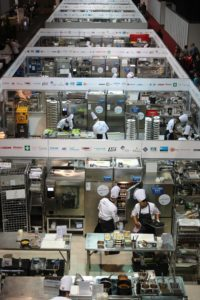 Constructing and dismantling the competition kitchens for the IKA/Culinary Olympics must be planned accurately. Twenty-two fully equipped professional kitchens are planned, which will be set up within four days – perfect planning is indispensable here. Photo source: 2016 IKA/Culinary Olympics | Photo: IKA/Culinary Olympics