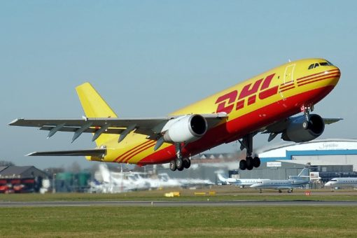 Airplane 750753 1280